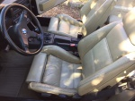 BMW 325i CABRIOLET - INT (19).jpg